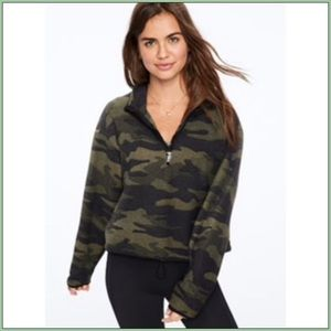 VS PINK CAMO CROPPED FLEECE 1/2 ZIP PULLOVER ~L